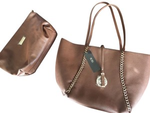 BCBG Paris Vegan Leather Dust Large Ns 2 Piece Set Tote in Brown