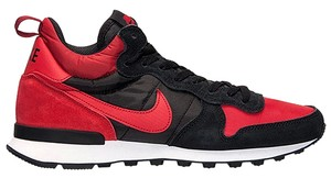 Nike Sneaker Men's Red/Black Athletic