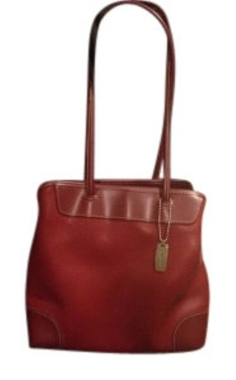 Preload https://item2.tradesy.com/images/nine-west-compact-style-red-leather-shoulder-bag-13731-0-0.jpg?width=440&height=440