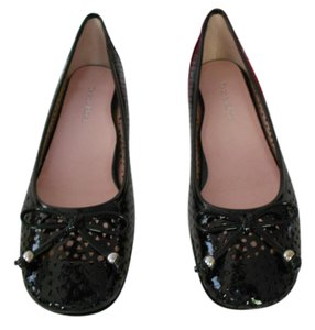 Taryn Rose Geometric Cut Outs Patent Leather Stylish Comfortable Black Flats