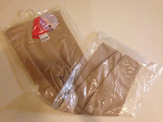 Spanx Spanx hide & sleek slim Capri smoother nude new with tag