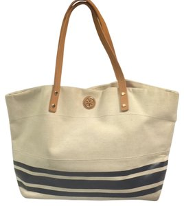 Tory Burch Tote in Beige And Navy