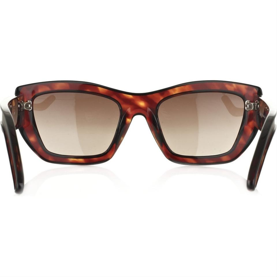94a6ea2bbb67 Chloé New With Case and Cards Tortoise Retro Sunglasses - Tradesy
