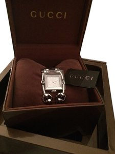 Gucci Gucci Diamond Chiodo Mother of Pearl Watch