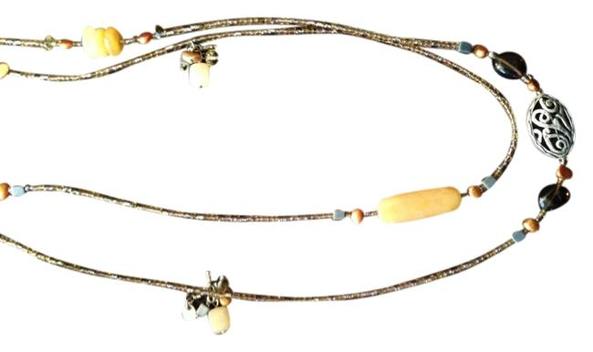 Item - Yellow/Bronze/Pearl/Silver Serpentine/Bronze/Pearl Necklace