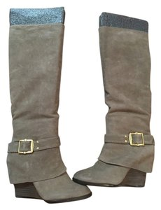 Vince Camuto Wedges taupe Boots