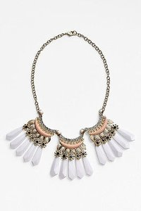 Lee By Lee Angel Nordstrom White Fan Crystal Peach Collar Necklace