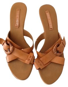 Nine West Buckle Crisscross-cross Wedge Wood Heel Leather Tan Mules