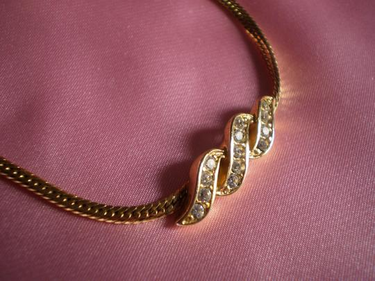 Avon Like new Avon Chain Bracelet w/Crystals