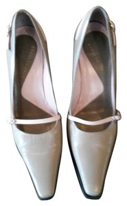 Kenneth Cole Taupe and Pink Pumps