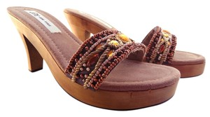 SM New York Womens Beading Brown Sandals