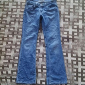 American Eagle Outfitters Skinny Size 4 Womens Flare Leg Jeans-Medium Wash