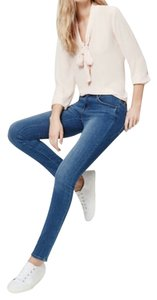 Ann Taylor LOFT Relaxed Skinny Size 26 Size 2 Skinny Jeans-Medium Wash
