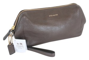 Coach Wristlet in Brown/Midnight Oak