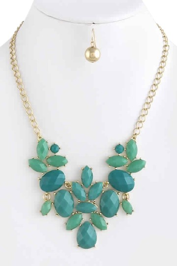 Lulu*s Faceted Turquoise Necklace