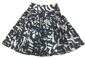 H&M A-line Midi Pattern Skirt Black