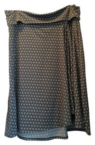 Max Studio Skirt Gray With Dots