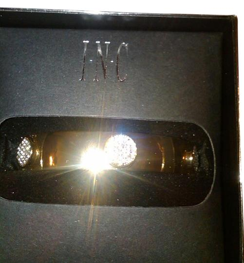 INC International Concepts INC Gold Tone Hinged Crystal Bangle/ One Size. In Box.