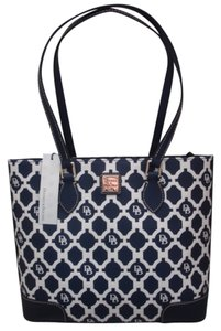 Dooney & Bourke Patterened Navy & Tote in Marine Blue & White