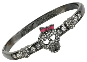 Betsey Johnson NIB Betsey Johnson Crystal Skull Bangle Bracelet