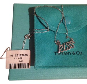 Tiffany & Co. Graffiti DI 18tw kiss pendant 16in