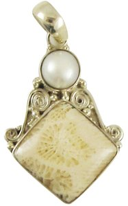 Island Silversmith Island Silversmith .925 Sterling Silver Fossil Coral Pearl Pendant 0301H *FREE SHIPPING*