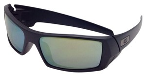 Oakley New OAKLEY Sunglasses GASCAN 26-245 60-15 Matte Black Frame w/ Emerald Iridium Lenses