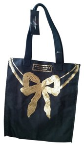 Marc Jacobs Over The Shoulder Canvas Tote in Black & Gold