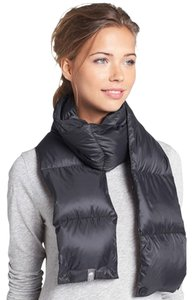 The North Face THE NORTH FACE BLACK KOA PUFFER SCARF