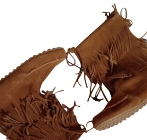 Minnetonka Fringe Mocassin Fall Fallfashion Suede Leather Chestnut Boots