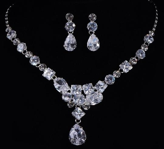 Diamond Necklace and Earring Women Jewelry Set