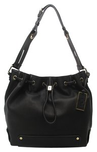 Vince Camuto Bucketbag Hobobag Vincecamutohandbag Shoulder Bag