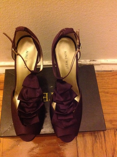 Nine West Plum Pumps