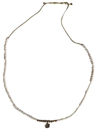 Preload https://item4.tradesy.com/images/white-beach-necklace-1378163-0-0.jpg?width=440&height=440