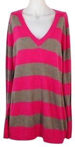 Gap Womens V Neck Size Sweater
