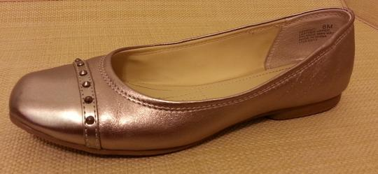 Easy Spirit Comfortable Studded Studs Rose Silver Metallic Casual Dressy Gold Flats