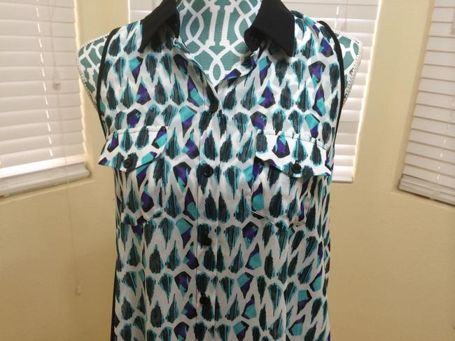 BCBGMAXAZRIA Maz Azria Shirt Tank Sheer Chiffon Button Buttoned Sleeveless Arrow Print Geometric Artistic Women Ladies Girls Of Top Blue, Black, Purple, White
