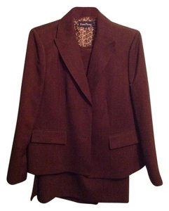 Evan Picone Classic Brown Skirt Suit