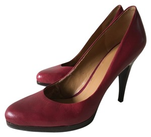 Nine West Leather Burnt Red Pumps