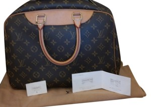 Pre owned Authentic Dueville Louis Vuitton Hobo Bag