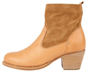 Rag & Bone New With Tags Camel Boots