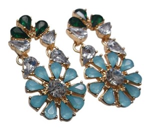 Royal Daisys Fashion Earrings Flower Design Free Shipping