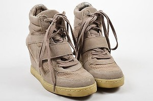 Ash Sand Suede Lace Up Taupe Athletic