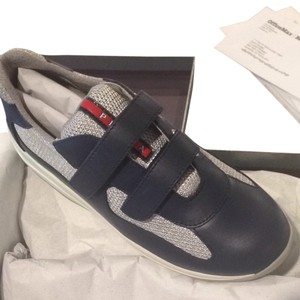 Prada Boys Size 1 In Youth oltremare / grey - navy blue Athletic
