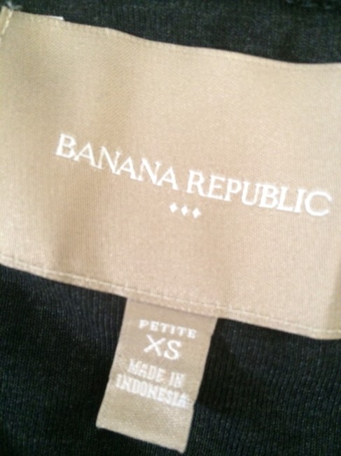 Banana Republic Classic Style Bought On Tradesy And Never Worn Fits Like Small Sweater