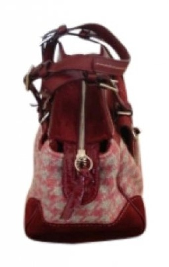 Preload https://item1.tradesy.com/images/coach-red-tweed-and-patent-leather-tote-138065-0-0.jpg?width=440&height=440