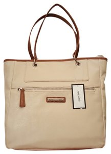 Nine West Satchel in Cream / Sand