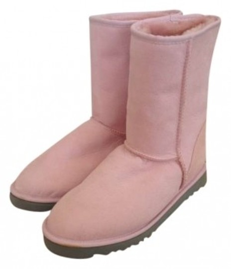 Preload https://img-static.tradesy.com/item/138083/ugg-australia-baby-pink-bootsbooties-size-us-10-0-0-540-540.jpg