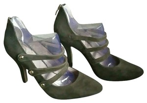 Vince Camuto green Pumps