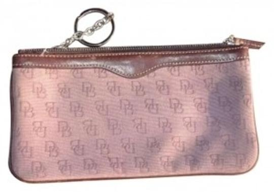 Preload https://item2.tradesy.com/images/dooney-and-bourke-redish-mauve-key-chain-signature-wallet-138101-0-0.jpg?width=440&height=440
